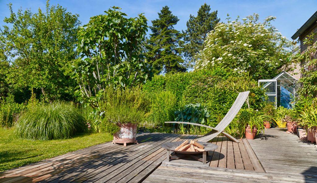 Terrassenfläche mit Holzboden