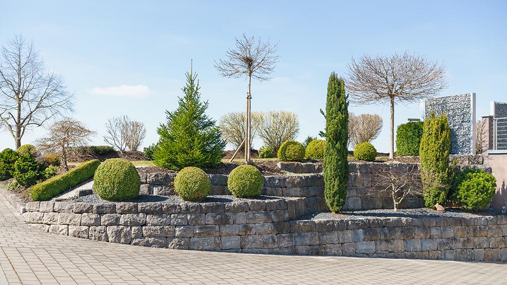 Klassische Gartenmauer